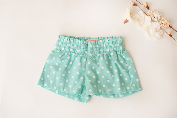 Cottage Shorts in Mint Dot