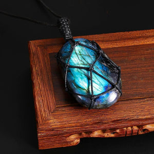 Necklace - Dragons Heart Labradorite Necklace