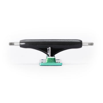 Dynamic Trucks - 32mm Black Hanger Green Baseplate