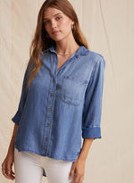 Bella Dahl Hipster Shirt in Medium Ombre Wash