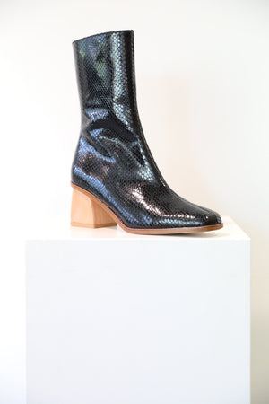 Load image into Gallery viewer, Paloma Wool Emilia Boot in Black Croc