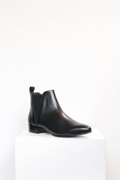 Sister x Soeur Tammy Boot in Black
