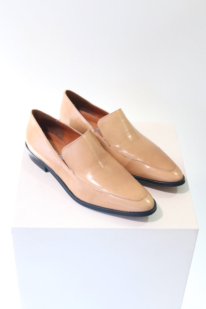 L'Intervalle Marisol Nude Leather Loafer