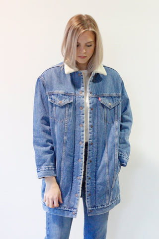 Levi's Lengthened Trucker Sherpa coat