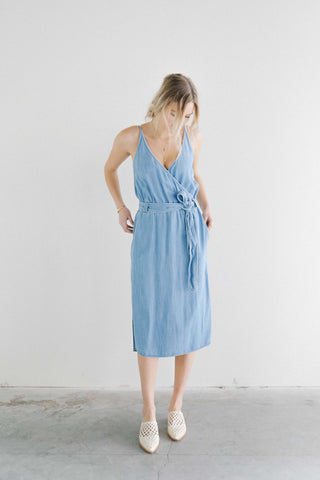 Bella Dahl Chambray Front Cross Midi dress