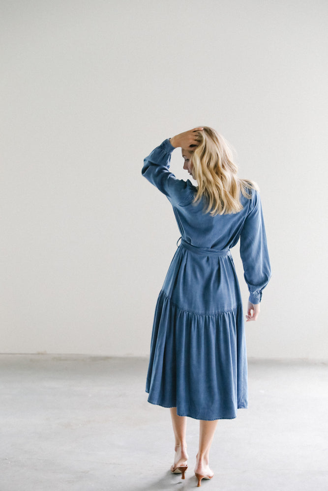 Load image into Gallery viewer, Just Female Cas Dress in Dark Blue