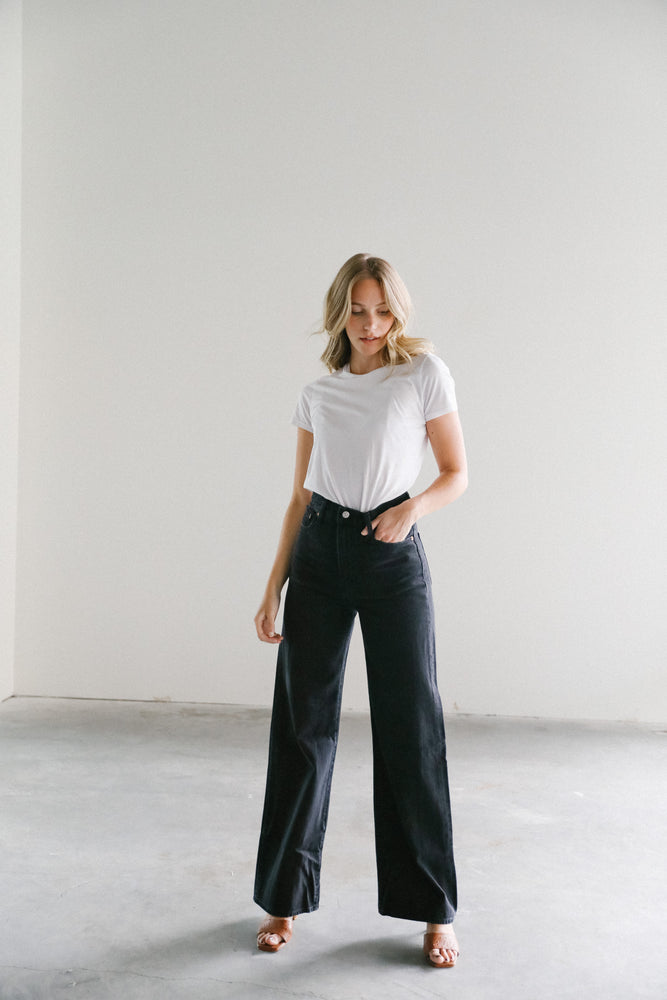 Levi's Ribcage Wide Leg in Black Book
