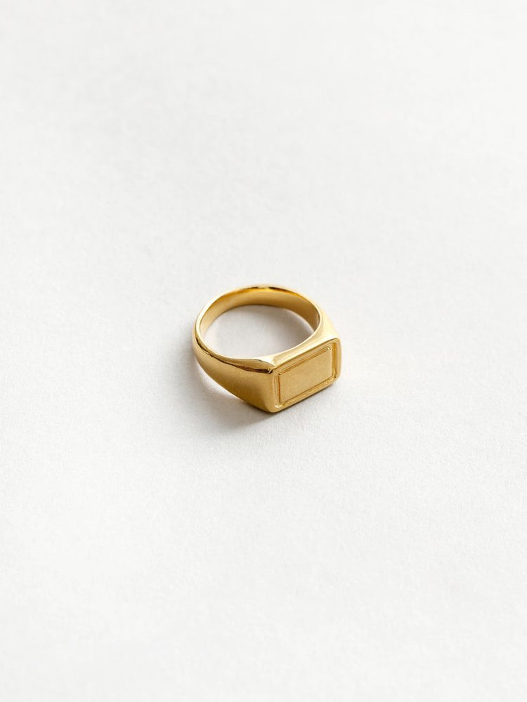 Wolf Circus Parker Ring in Gold