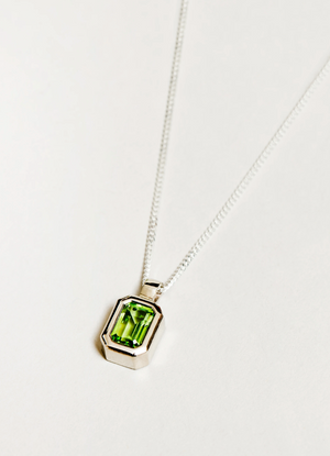 Wolf Circus Penelope Necklace in Peridot and Sterling Silver