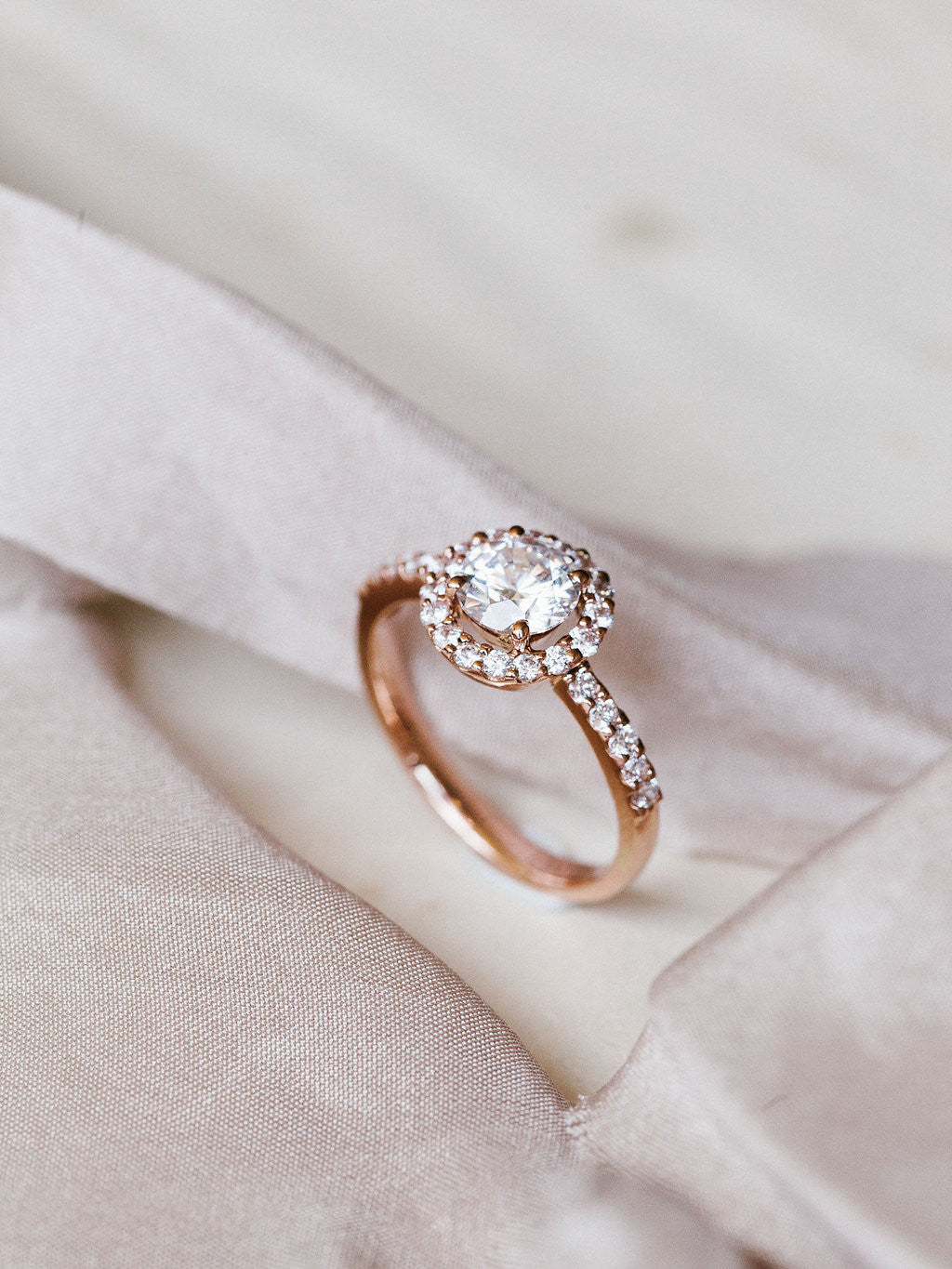 Round - Halo - Rose Gold
