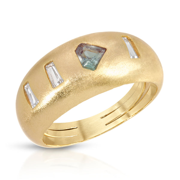 Goldie Ring in Mystic Quartz