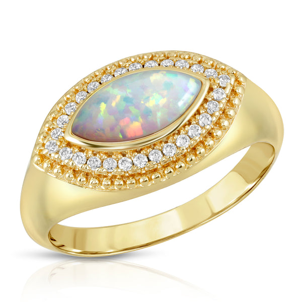 Vieux Ring in Opal