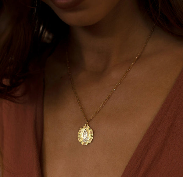 The Mary Pendant Necklace