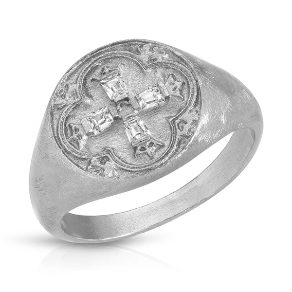 Dominique Signet Ring in Silver