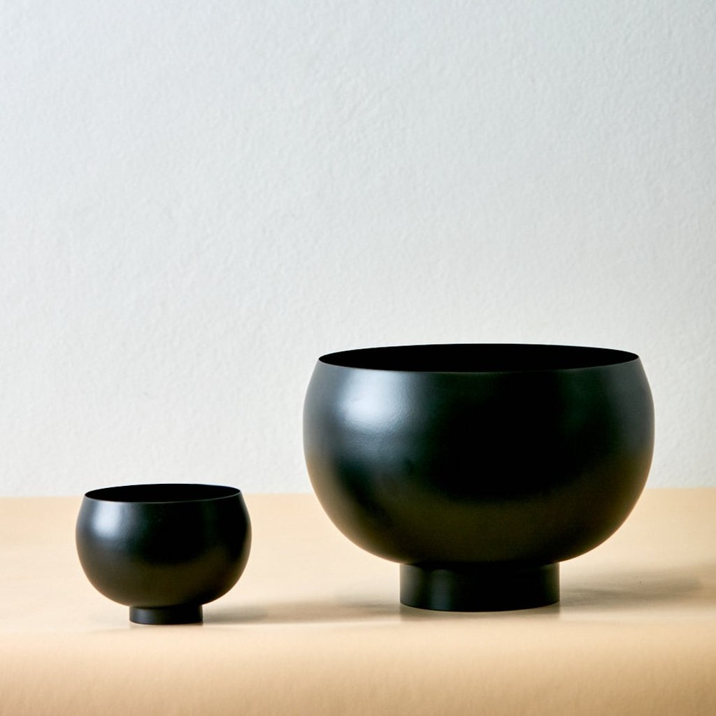 Theodore Matte Black Bowl