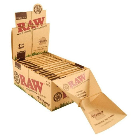 RAW Organic Artesano 1 1/4 Rolling Paper w/ Tips & Tray - 15 Count Box - vapersandpapers.com