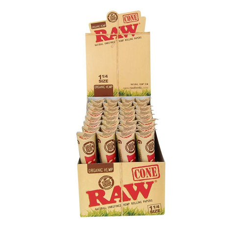 RAW Organic 1 1/4 Pre-Rolled Cones - 32 Count Box (6-Pack) - vapersandpapers.com