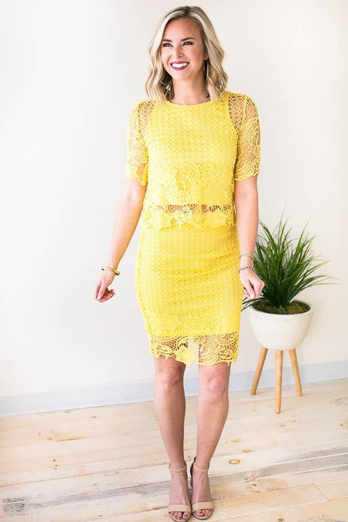 Beautiful Yellow Lace Short Sleeve Crop Top