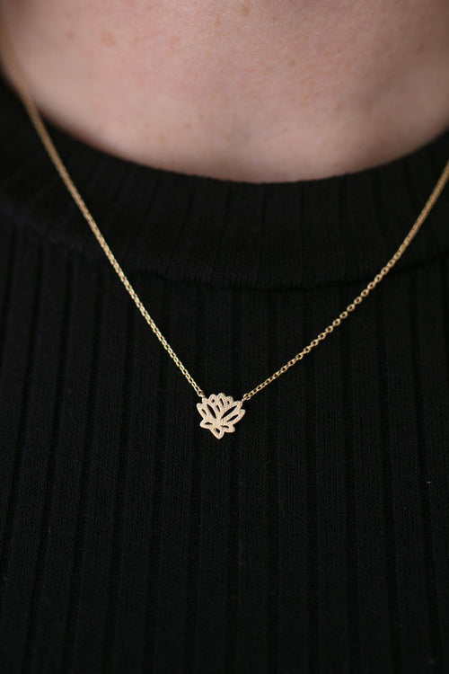 Little Lotus Gold Basic Necklace