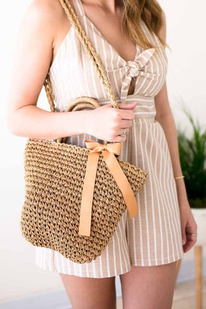 Great Tan Basket Style Purse With Bow Detail