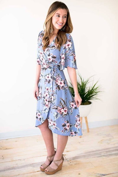 Blue Floral Wrap Dress With Wide Sleeves For Summer
