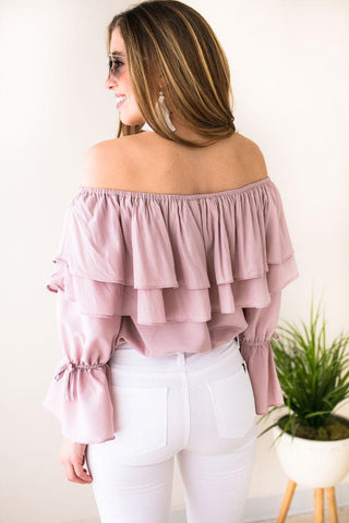 Queen of the Weekend Off Shoulder Top