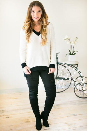 Capturing Feelings Black and Ivory Sweater-Tops-Lotus Boutique-Lotus Boutique
