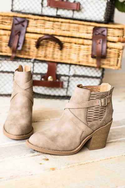 Shoes Mivi Distressed Bootie - Lotus Boutique