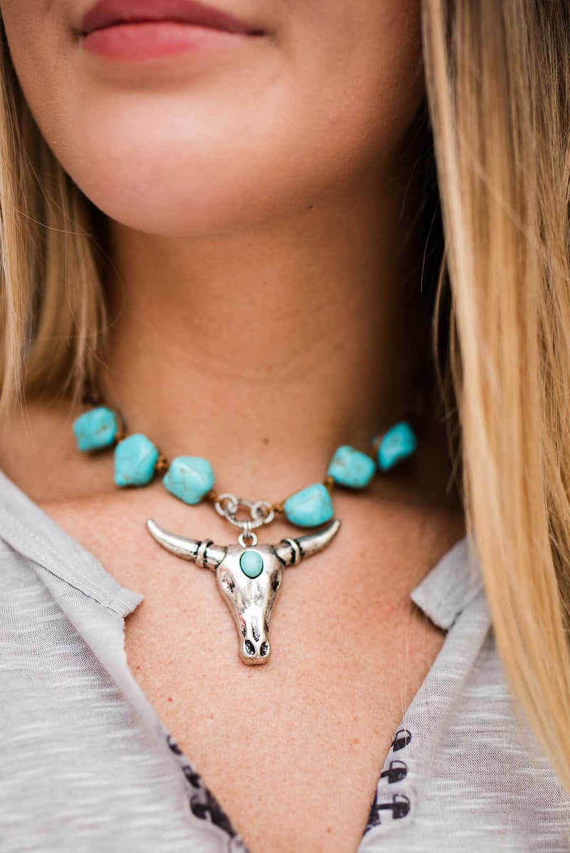 Turquoise Stone Longhorn Necklace