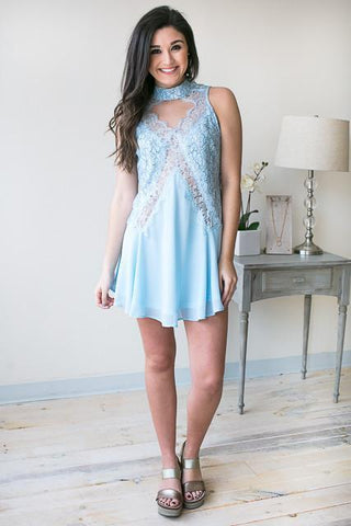 Silhouettes Choker Neck Lace Dress - Light Blue