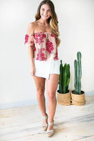 Bold Embroider Mesh Top