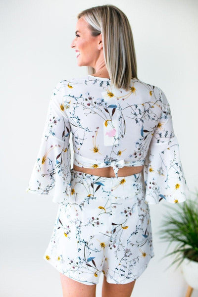 Floral Ruffle Sleeve Crop Top