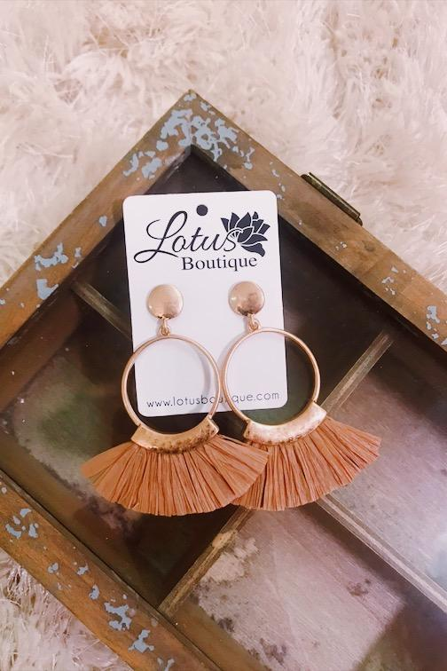 Fanned Raffia Earrings
