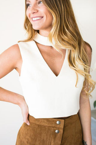 Misguided Choker Neck Crop Top - Cream
