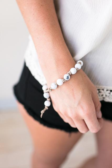 Accessories Wannabe Bead Knot Bracelet - White - Lotus Boutique