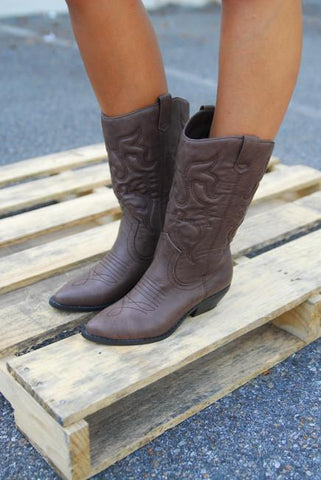 A Roadtrip to Remember Cowboy Boots