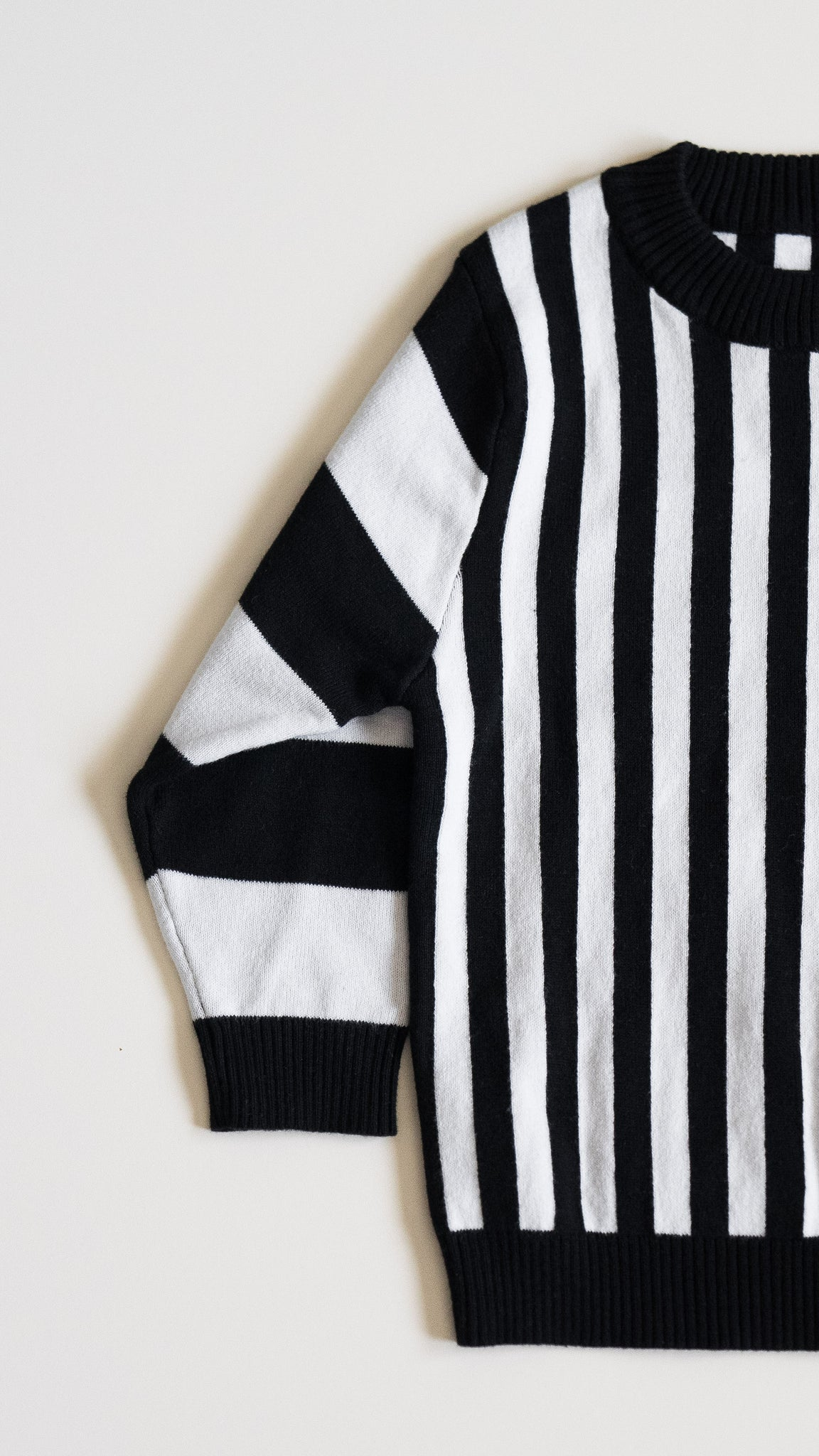 KIDS 'rei' knit sweater / black stripes