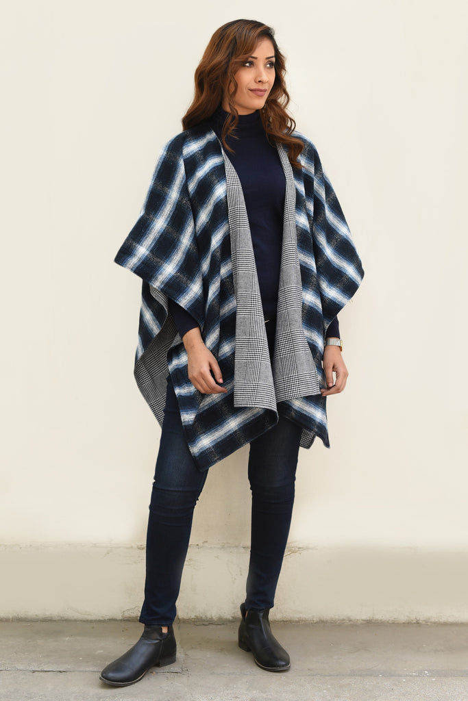 Blue Blanket Season Reversible Cape