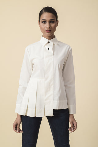 Knotty Affair White Top