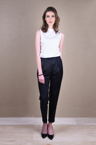Cornice Black Double Collar Top