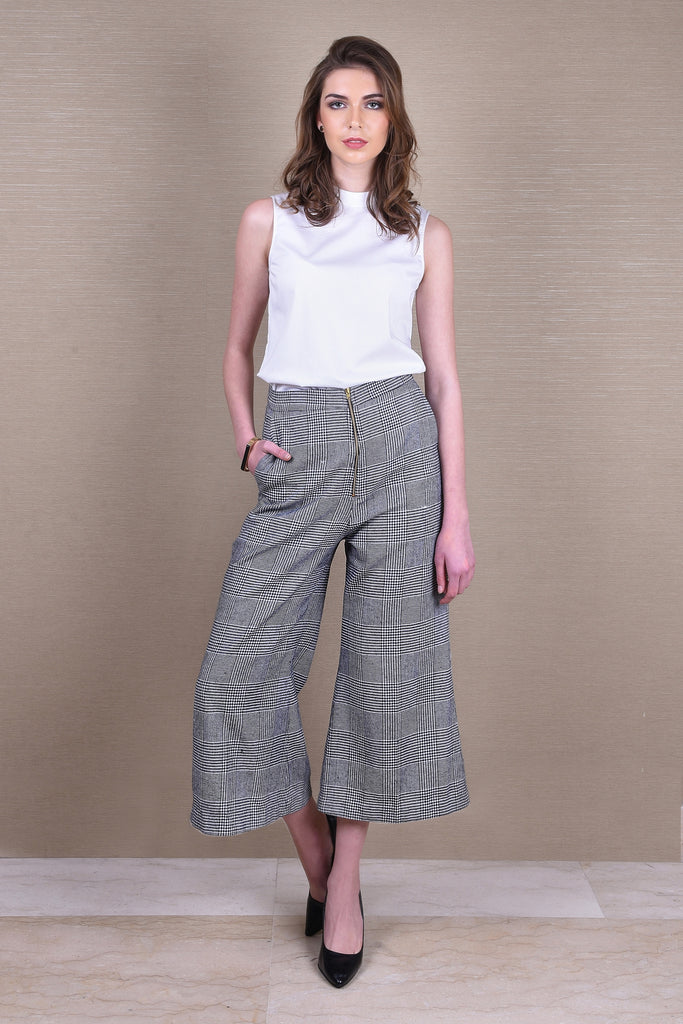 Plaid-About-You Cropped Pants
