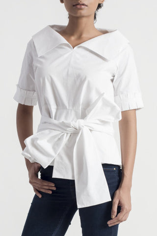 Dentil White Wing Collar Top