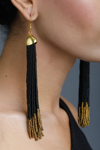 Black Velvet Gold Ring Neck Piece