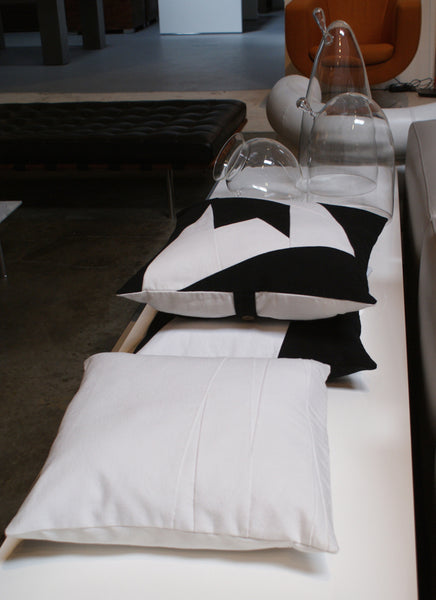 Black and whte cushions by bermudaliving at the d2art showroom in Los Angeles