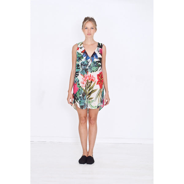 Short sleeveless nigthie with deep V-neck and beautiful exotic print in green, blue, red, and pink