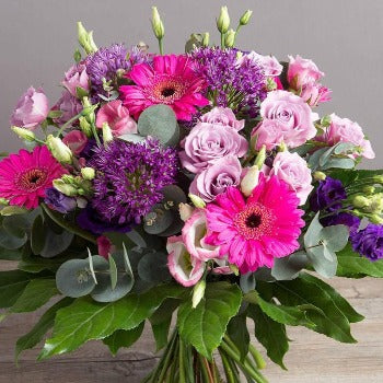 Lila - Cresise And Mauve Bouquet