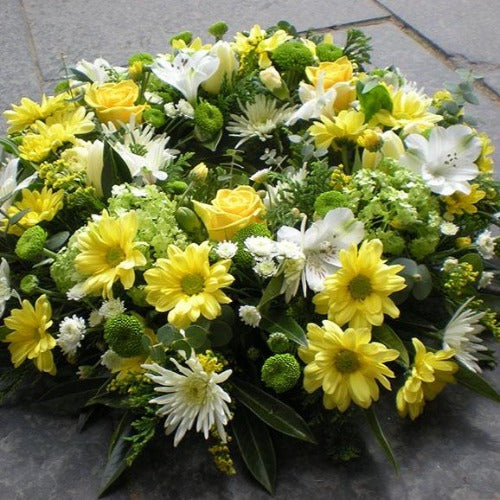 Appleshaw - Yellow Roses, Cream,Lime Wreath - Millefiori Flowers Amesbury