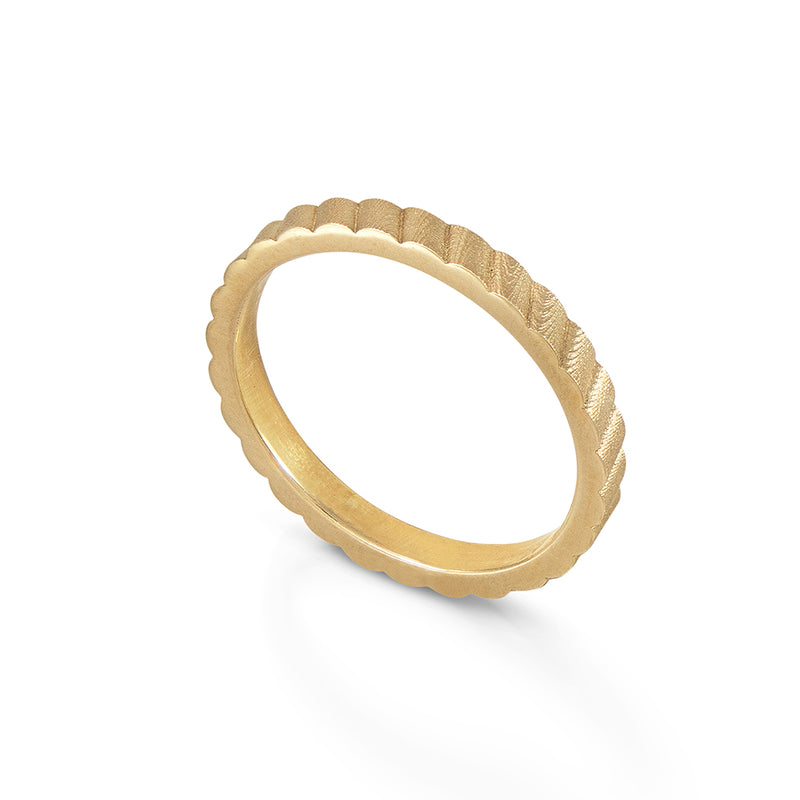 Shakti Gold: Diagonal Patterned Band