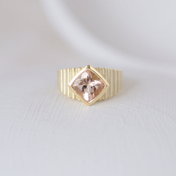 Shakti Ring In Gold and Morganite
