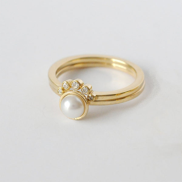 Chandri Pearl Ring with Diamond Tiara